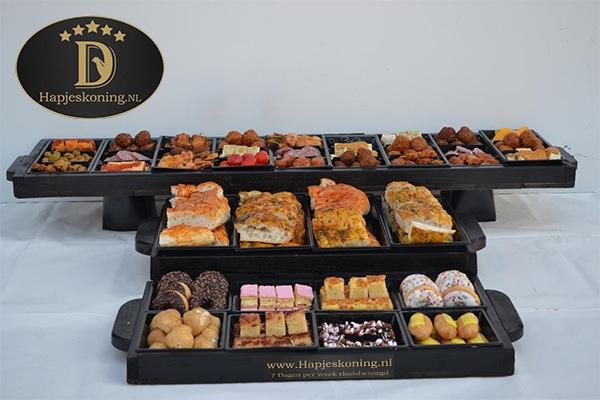 Planken met Desserts, hapjes & tapas
